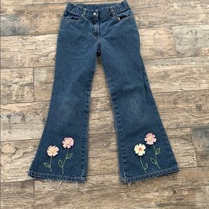 Gymboree girls jeans with flower embroidery S 8